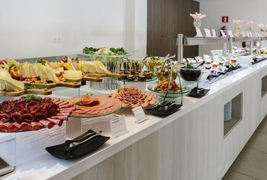 Buffet Hotel AluaSoul Mallorca Resort (Solo Adultos) Cala d'Or, Mallorca
