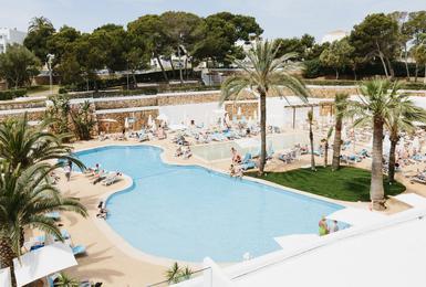Piscina Hotel AluaSoul Mallorca Resort (Solo Adultos) Cala d'Or, Mallorca